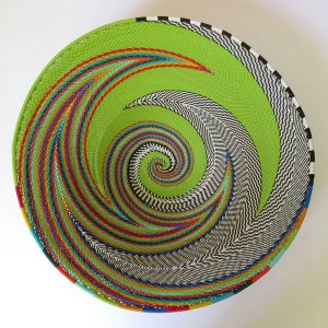 L-shallow-bowl-telephone-wire-green-and-multicolour-01