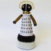 Ndebele-doll-small-bottom-beaded-03