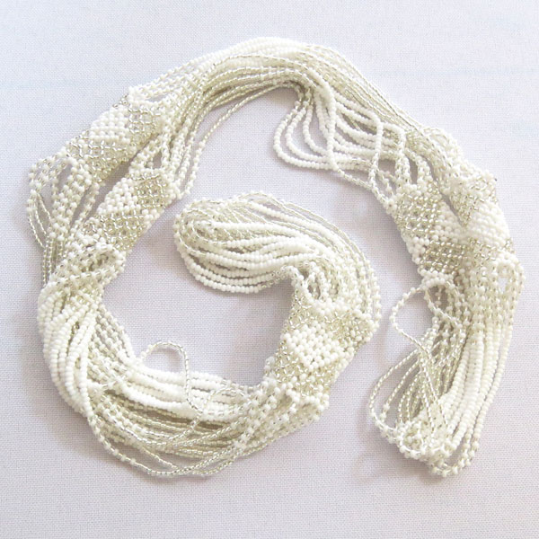 Long-necklace-cloud-03