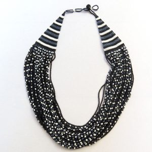 cascade-necklace-black-white-01