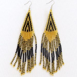 Long-Chandelier-black-gold-01