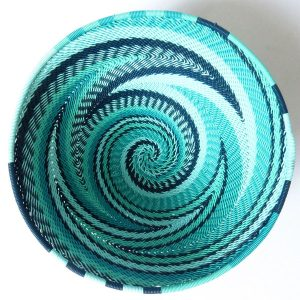 African Zulu woven telephone wire bowl – Medium round – Turquoise