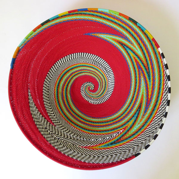 African Zulu woven telephone wire bowl – Large shallow bowl – Red & Multicolour